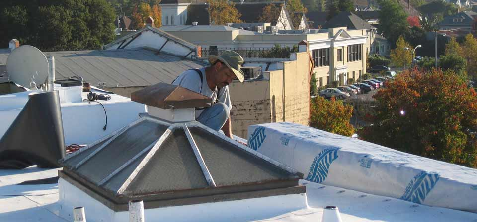 roofer_working